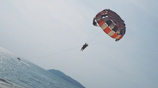 Decided to Parasail. My Langkawi trip last 2016. Alone.